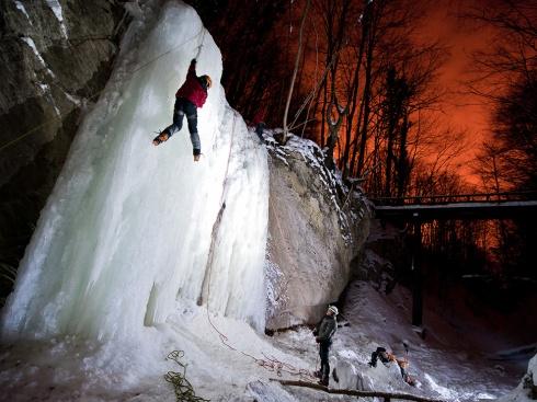ice-climbing-croatia_52773_990x742